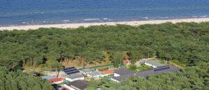 Ferienpark Waldperle nur wenige Meter durch denn Küstenwald